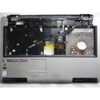 Верхняя часть корпуса Toshiba P100-257 с разбора