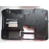 Нижняя часть корпуса Samsung NP-R525-JT09RU с разбора