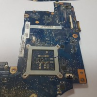 Материнская плата Toshiba L850-B5K PSKDLR-03U00VRU H000038410 69N0ZWM2BA13P-01 донор