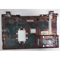 Нижняя часть корпуса Toshiba R850-162 с разбора