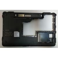 Нижняя часть корпуса Lenovo B550 20053 с разбора с дефектом